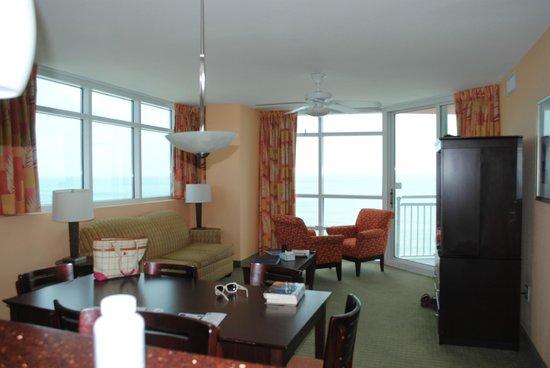 The Prince Resort: Corner unit 18th floor
