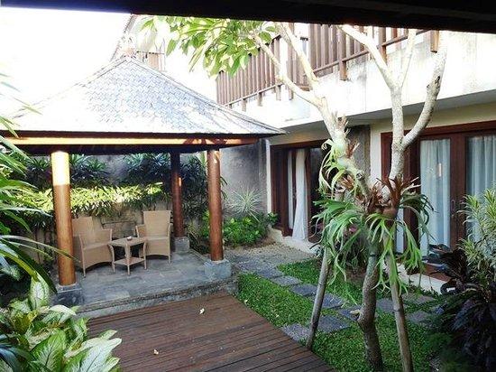 New Kuta Hotel : Club Suite - gazebo