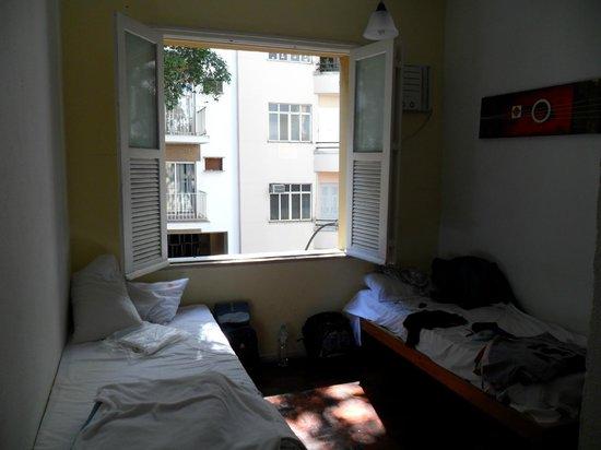Hostel Republica: Quarto casal com banheiro privativo.