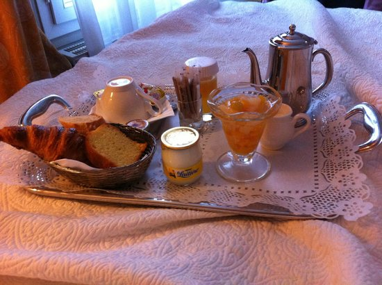 Hotel du Champ de Mars: Breakfast Tray in the bedroom