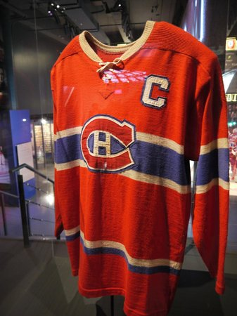watch 9e9c1 539fa old jersey - Picture of Montreal Canadiens Hall of Fame ...