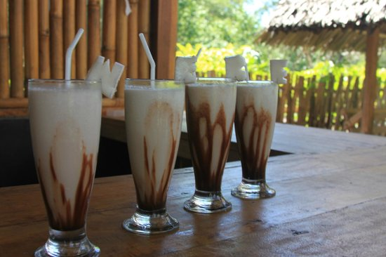 We'be Cottages: Сoconut milkshakes