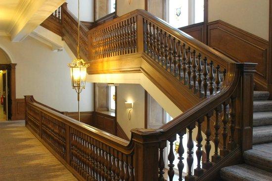 Waldorf Astoria Edinburgh - The Caledonian: Stairway