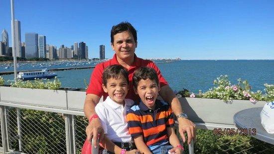 Shedd Aquarium: Papa con Roberto y Jaime