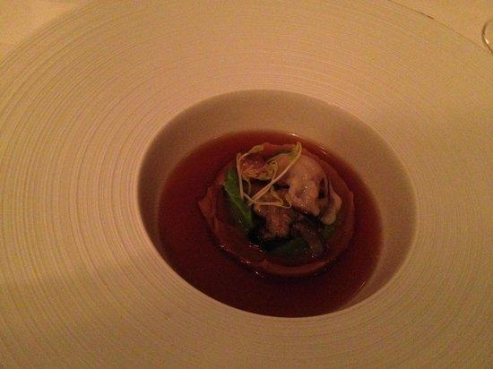 Annex: Superbe plat avec huître, marron et bouillon