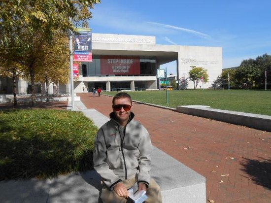 National Constitution Center: Will and the handsome facade