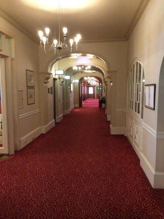 Royal Bath: Interior