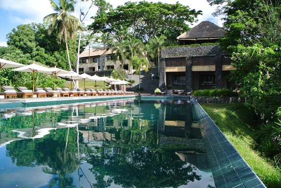 Alila Ubud : The restaurant viewed from the pool area