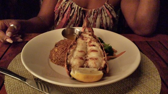 Hemingway's Restaurant : Lobster Tail
