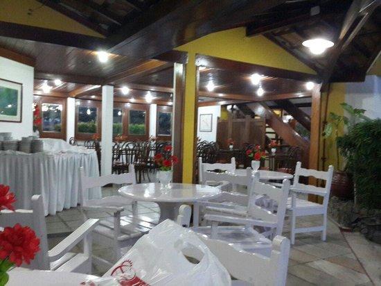 Hotel Porto Seguro Centro: Vista do café da manhã