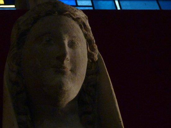 Cathédrale Notre-Dame de Laon : j'adore cette statue !