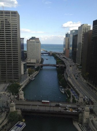 Trump International Hotel & Tower Chicago: The view from our room was spectacular