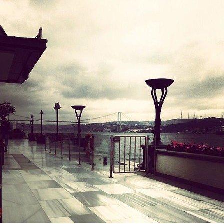Four Seasons Istanbul at the Bosphorus: Four seasons