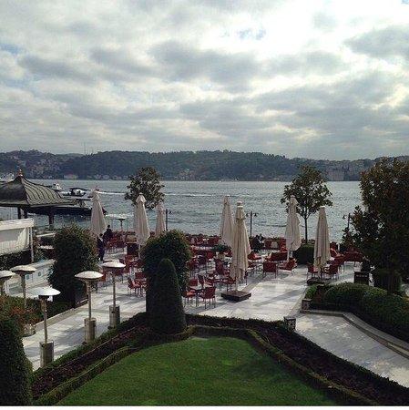 Four Seasons Istanbul at the Bosphorus : Four seasons