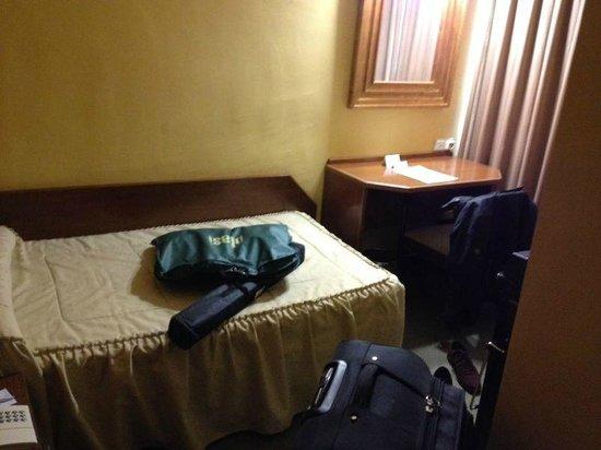 Hotel Gran Atlanta: Habitación individual