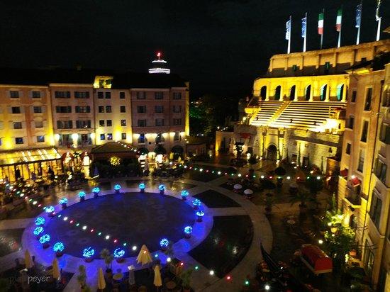 "Hotel ""Colosseo"" Europa-Park : Zimmeraussicht Casanova Suite"