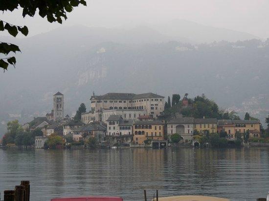 Cascina Cesarina B&B: Isola San Giulio