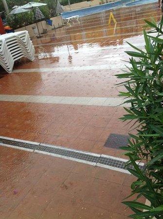 Compostela Beach Golf Club: when it rains it floods