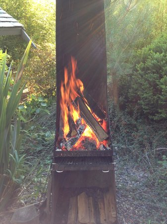 Coast Cabins: Our own fire pit
