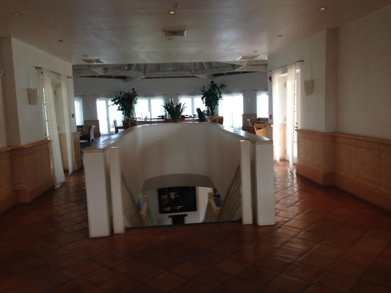 COMO Parrot Cay, Turks and Caicos : Lobby with Terrace bar