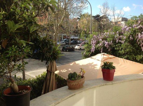 Aventino Guest House: ESTERNA