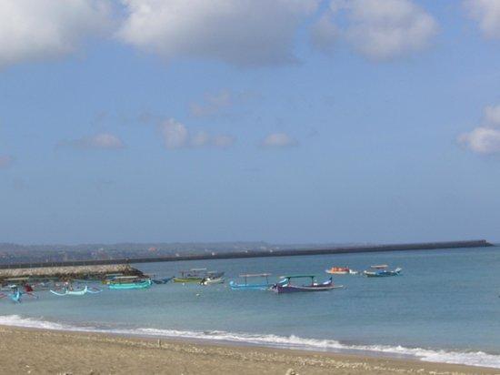 The Patra Bali Resort & Villas: plage