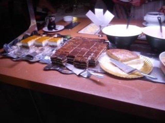 Barcelo Lanzarote Resort: buffet.