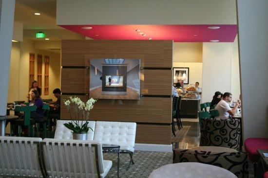 Hampton Inn & Suites by Hilton - Miami/Brickell-Downtown: SCORCIO DI SALA COLAZIONI