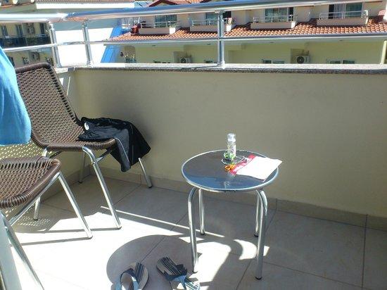 Montebello Resort: balcony