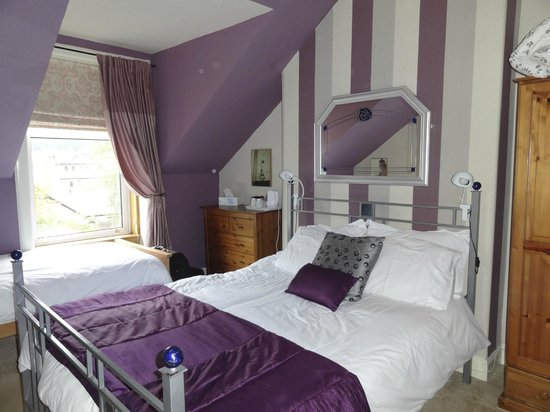 Invernente Bed & Breakfast: The Aberfeldy room