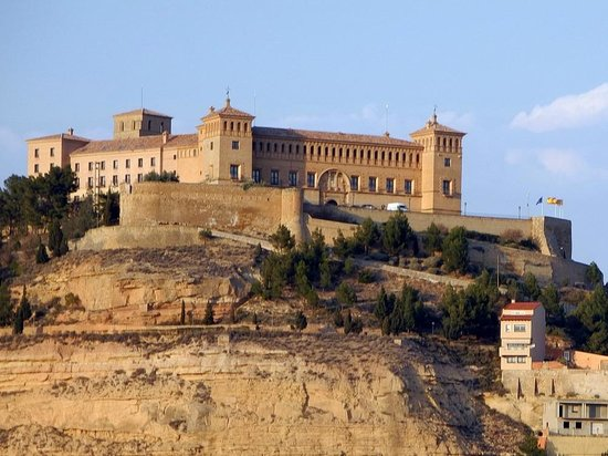Parador de Alcañiz: Ansicht der Burg/ des Hotels
