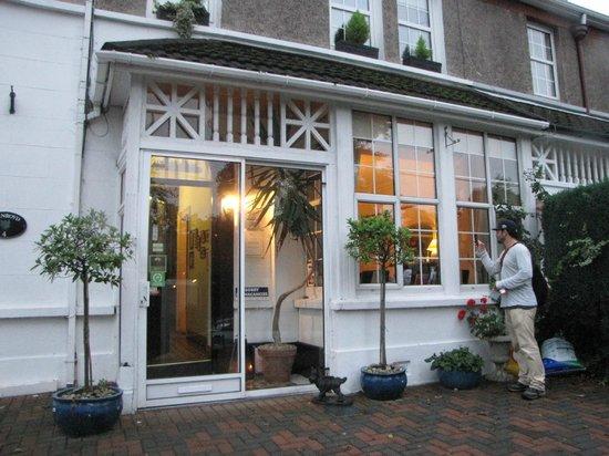 Fernroyd House B&B : Charming
