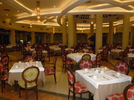 La Marquise Luxury Resort Complex: salle à manger