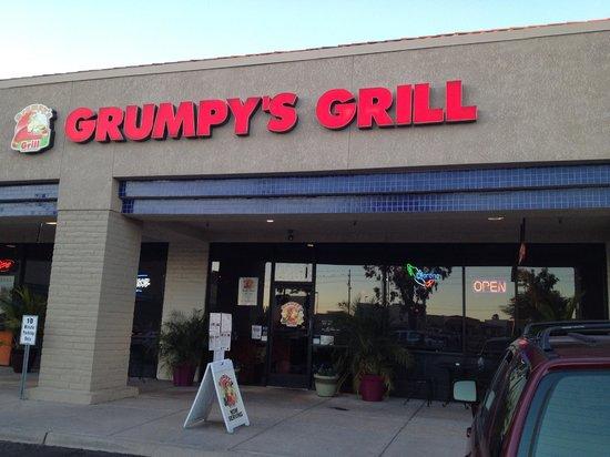 Grumpy 39 s grill tucson menu prices restaurant reviews for Mt lemmon cabin rentals pet friendly
