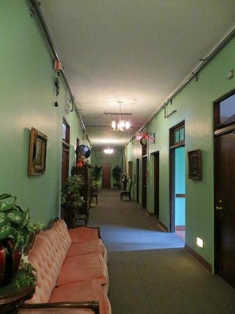 Jerome Grand Hotel: hallway