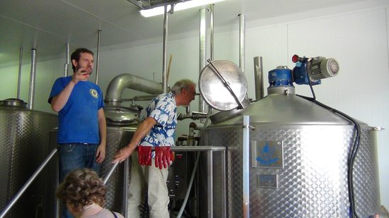 Brewery Hops of Ireland: Eight Degrees Brewing