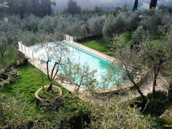 La piscina picture of villa la borghetta spa resort figline e incisa valdarno tripadvisor - Piscina figline valdarno ...