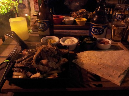 Dost Restaurant: combo fajitas (chicken and beef)
