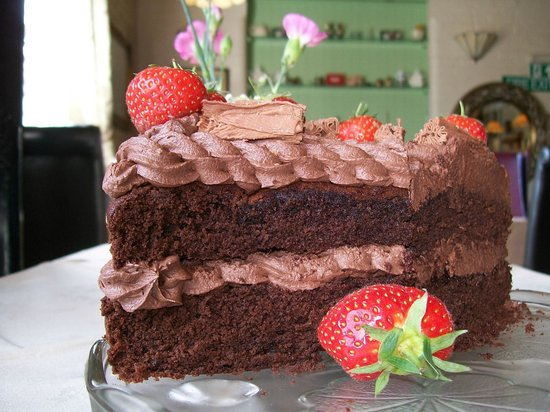 Mold, UK: Rich Chocolate Buttericing cake made with our yummy recipe