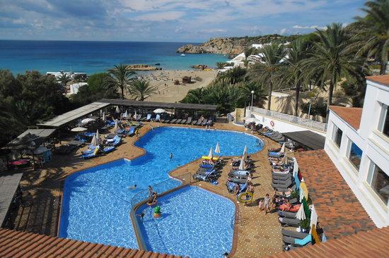 Insotel Tarida Beach Sensatori Resort: piscina vicino spiaggia