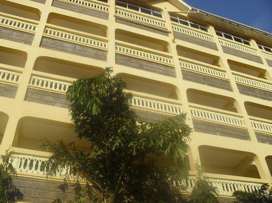 Fine Breeze Hotel