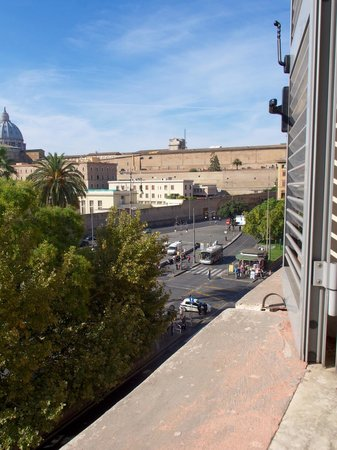 Vatican Vista: Wide Open Window Views phenomenal