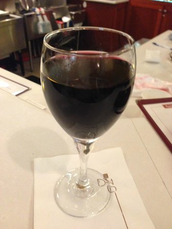 Ember Grille - Westin Charlotte: Glass of red wine pre walk :-)