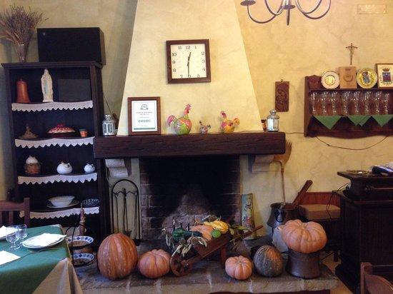 B&B Agriturismo Mammarella: Camino piccolino