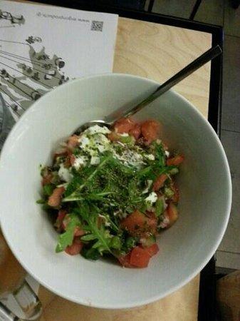 Ergon: greek salad