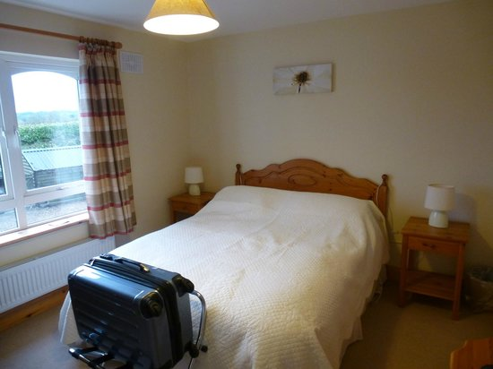Kilbawn Country House : our Bedroom