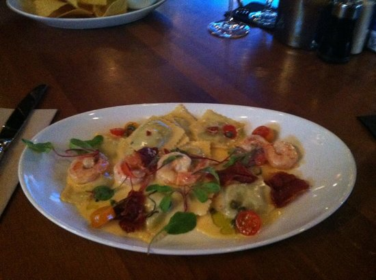 JOEY Eaton Centre: Ravioli and Scallops...a Wise Choice