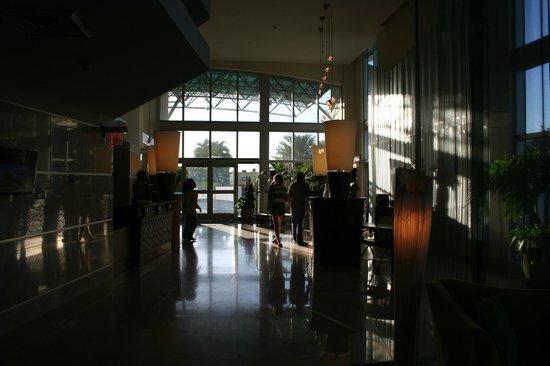 Marenas Beach Resort: HALL