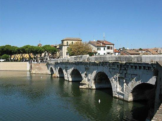 The Tiberius Bridge : Tibierius Bridge