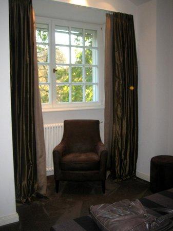 Schloss Kartzow: Teilansicht Zimmer